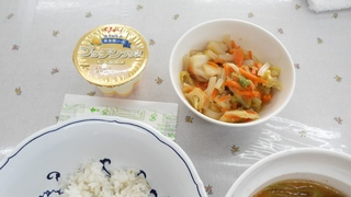 キャベツの味噌炒め・ミルクプリン.jpg