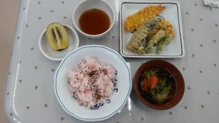 天ぷら&赤飯(誕生食).jpg